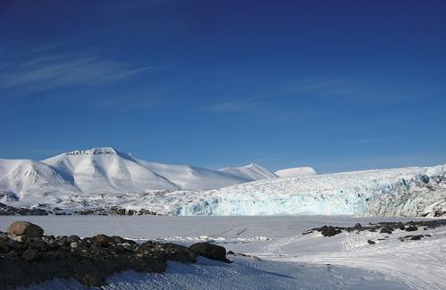 Czoło lodowca Nordenskiold (Nordenskioldbreen) zimą. Fot. Jakub Małecki