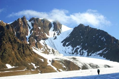 Cyrkowy lodowiec zasilający główny strumień lodowca Balliolbreen. Fot. J. Małecki