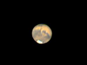Mars sfotografowany z Ziemi z wyraźnie widoczną południową czapą polarną. Fot. J. Małecki