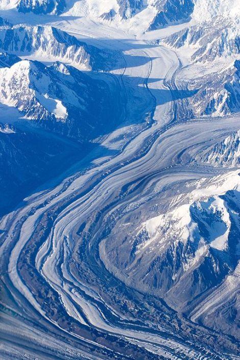 Złożony lodowiec dolinny, góry Alaski, USA. Fot. J. French/Wikimedia