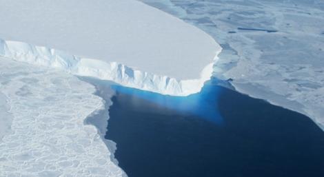 Lodowiec Thwaites, Antarktyda zachodnia. Fot. NASA