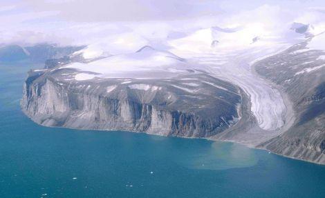 Lodowiec na Ziemi Baffina, Arktyka kanadyjska. Fot. A. Walk/Wikimedia