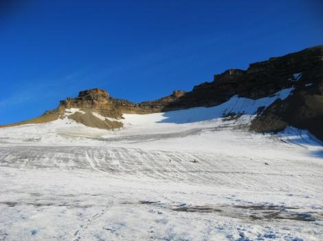 Najwyżej położona strefa lodowca Sven (Svenbreen), Svalbard. Gdzie się podział biały śnieg? Fot. Jakub Małecki