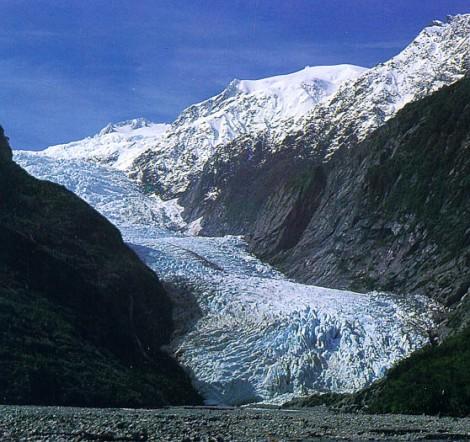 Lodowiec Franciszka Józefa (Franz Josef Glacier) w 2001 roku. Fot. en:user:dramatic, Wikimedia, CC BY-SA 3.0