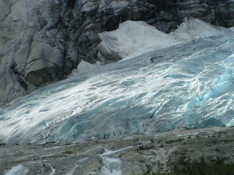 Czoło lodowca Nigarda (Nigardsbreen), Norwegia. Fot. Pjacklam, CC BY 2.5.