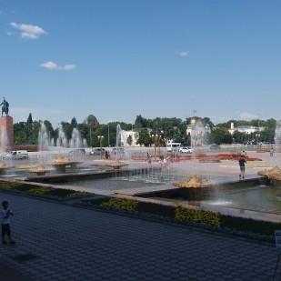 Wycieczka do Kirgistanu. Biszkek. / Trip to Kyrgystan. Bishkek. Fot. JM