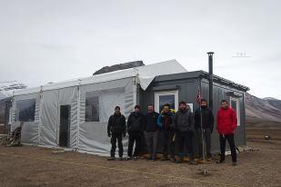 Zatoka Petunia, Spitsbergen. Stacja Polarna UAM w roku 2014.